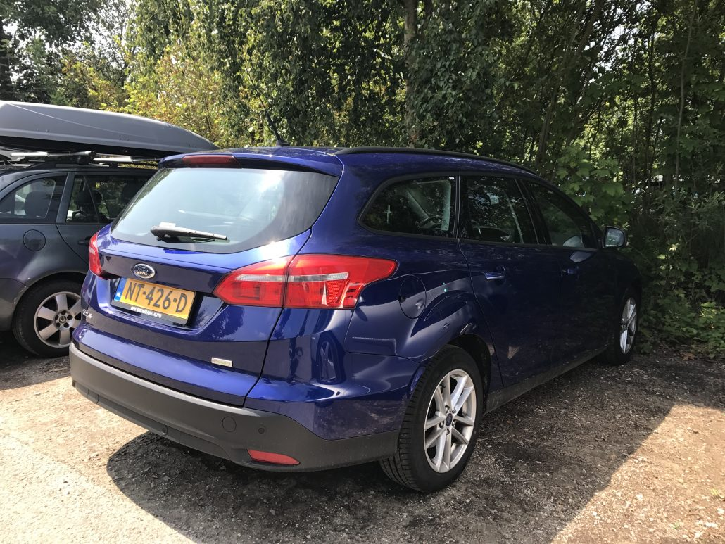 Ford Focus Station Wagon - Hertz Hire Car
